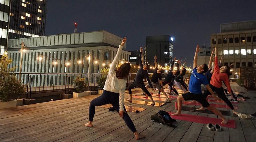 GRiD rooftop yoga